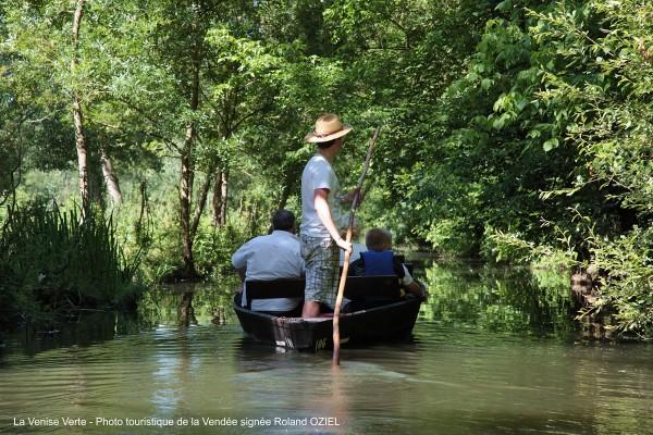 balade en barque embarcadere la venise verte