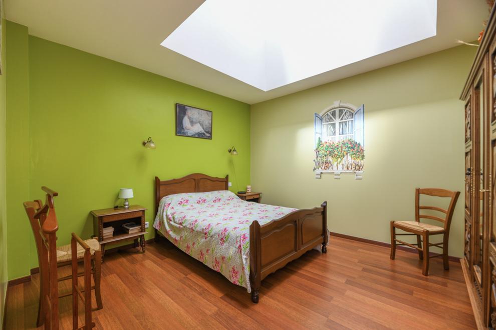 Chambre avec puits de lumière