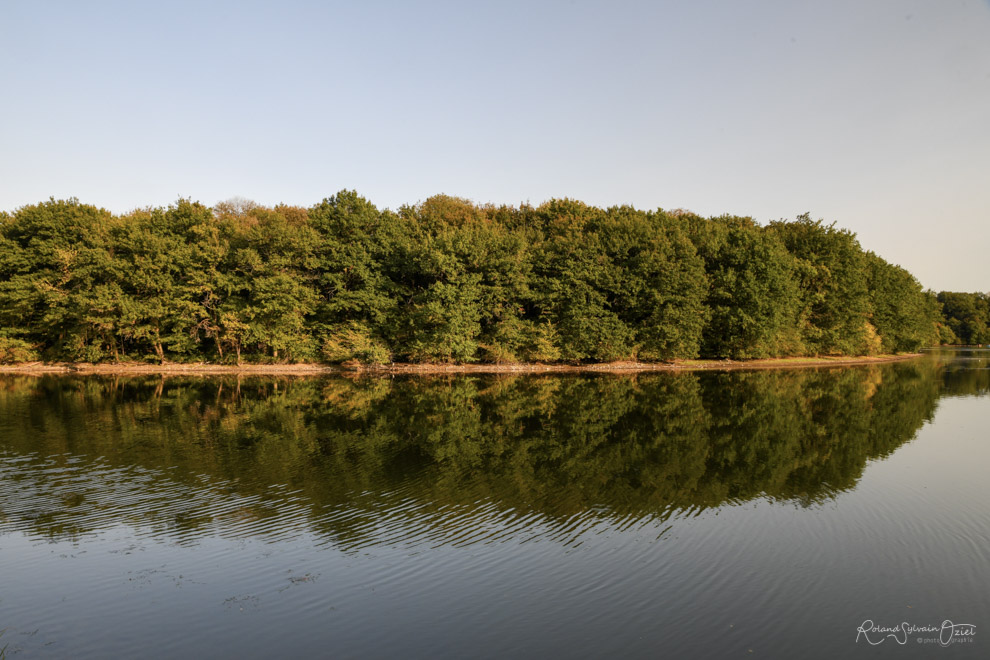 Le long de la rivière le Grand Lay